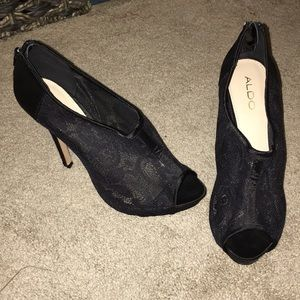 Aldo size 8 lace shoes